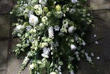 Flower mourning piece