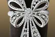 Napkin Rings of Distinction / Design your table with beautiful Napkin Rings