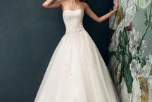 Wedding Dresses: Ballgowns / Because every little girl dreams about a ball gown! This is one of the most popular silhouette of wedding dresses. Feel like a princess or a queen on your wedding day in a luxurious ball gown!
