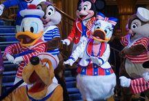 Cruzeiros Disney / Dicas para quem sonha com um cruzeiro da Disney: navios Disney Magic, Disney Dream, Disney Wonder e Disney Fantasy. Conheça mais sobre a Disney Cruise Line e entenda como funcionam os cruzeiros Disney, Castaway Cay, portos e viagens de navio