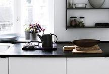 Kitchen / by Britt Zophia Dam