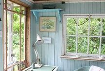 Ideal Writing Corners / Ever wanted to write a novel? Perhaps all you need is the perfect place to sit down and be inspired...