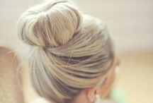 updos / by Chelsea Diamond