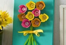 Spring Party Decorating Ideas / The calendar year may begin in January but Spring is when the world really starts over. Make your decorations blossom at your next springtime affair. For birthdays and more head to BirthdayInABox.com / by Birthday in a Box