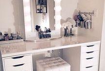 HOME || Makeup Storage / makeup, makeup collection, makeup storage, dressing room, makeup room, high end makeup, drugstore makeup, beauty, powder, highlighter