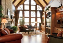 Family Rooms by DF Design, Inc. / Timeless, cozy family room retreats