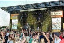 Bayão Summer Dance (Juli 2014) / Am 18.07.2014 feierte der Open-Air Partymarathon der nationalen und internationalen DJ- und Dance-Elite seine Neuauflage im Stadion Essen. Präsentiert und moderiert von top100station. :-)