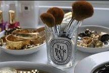 Coiffure & beauté / Maquillage, parfum, crèmes  et soins