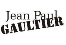 Jean Paul Gaultier / Création /1982 -  Fondateurs /Jean-Paul Gaultier & Francis Menuge -  Siège social /Drapeau de France Paris (France) -  Direction artistique /Jean-Paul Gaultier -  Activité /Luxe -  Produits / Mode, parfum et beauté