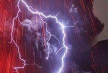 Fenómenos naturales  / Conjunto de fotografías de tormentas y tornados impactantes