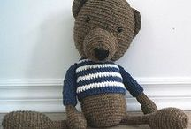 Rustic Teddy Bears / Crochet teddy bears handmade with love and 100 % local wool.  Facebook : http://www.facebook.com/accrochepouce