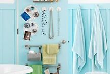 Small Bathroom Storage / Organizational tips and smart storage ideas for small bathrooms / by Donella Crigger @ GlueSticksGumdrops.com