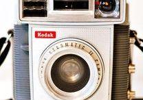 Vintage Machines / Photo, Film, TV, Hi-Fi, Phone, Typeriter, ......