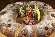 Tradiciones de Navidad / Christmas traditions / Con tu ayuda queremos recoger en este tablero las tradiciones navideñas que revivimos cada año al llegar estas fechas. Aquellas que son propias de nuestra cultura, de nuestras islas, de nuestro pueblo... Las que vienen de fuera, las que se perdieron pero aún recordamos, las que esperas con más ilusión... Christmas is coming. Share with us your favorite holiday traditions.