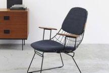Stoelen / Via de SOOOstore: onze favoriete loungestoelen, schommelstoelen, eetkamerstoelen, bureaustoelen en tuinstoelen