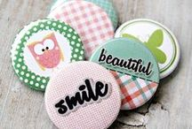 Lemoncraft buttons/badges / Selfadhesive buttons/badges in many designs and colors. Full of color add-ons for scrapbooking, cardmaking and other decorating items.