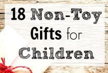 Simple Children's Gift Ideas / Let's get back to the joy of simple things.  Check out these kid pleasers!