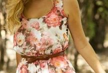 SUMMER DRESSES / Fun and casual summer dresses.