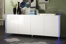 Weiße Hochglanz Sideboards / Moderne Eleganz gepaart mit ausreichendem Stauraum – das ist die Devise unserer praktischen und attraktiven Sideboards