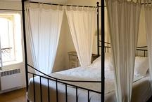 ROMANTIC RENTALS IN THE LUBERON / Vacation rentals in the Luberon region of Provence that will appeal to Romantics...