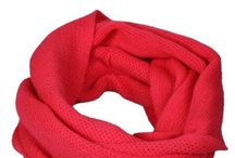 Scarfs / pretty and warm, fragile and cool