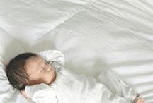 Wochenbett / Die ersten Monate mit Baby. Was braucht man im Wochenbett, was tut Mama und Baby gut. Wochenbett Tipps und Wochenbett Ratgeber.