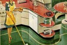 Kitchens / by Debbie Sommer