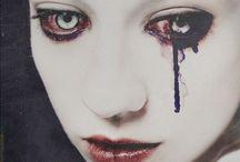 Vampires / by Pippa Dunford