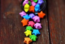 Easy Craft Ideas for Adults and Children / This is a selection of pins to help inspire me for when I am trying out crafts for my own Blog. This is a selection of crafts for adults, craft items to make for children and crafts to do with children - messy play!