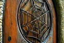 Doors & Gates / by Susana Pintos