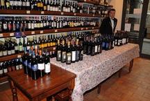 Espressioni di Montecucco / Ogni anno tra ottobre e novembre si svolge in anteprima a La Divina Enoteca una degustazione gratuita dei vini delle aziende del Montecucco - Every year at La Divina Enoteca a free preview of Montecucco wines takes place