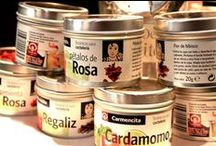 Carmencita Cocktail Botanicals / A fine and exquisite range of botanicals to add to your Cocktails. Be your own bartender and impress your family and friends.