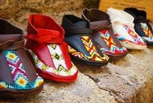 Moccasins for Baby / These moccasins by LL Designs are uniquely customized and handmade in the US using only the highest grade premium deerskin leather. The result is authentic native-made art-wear with an enduring, distinctive, vibrant style for your baby or toddler.