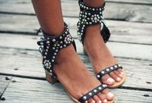 SANDALS / Shoes for \summer