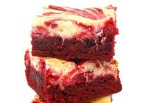 Sweet Treats / Tantalising tasties to make your taste buds sing. / by Kitsuné Shadow