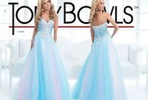 Prom Dresses / Prom Dresses! what girl doesn't love looking at prom dresses?! / by Jenna Thatcher