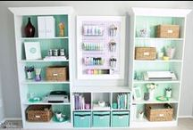 Home Office / Love these stunning and feminine home offices!