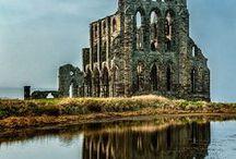 Casonas y Castillos / Abandonadas para rehabilitar.... Fascinación por lo antiguo...