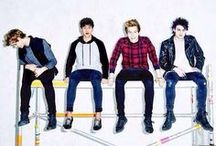 5 Seconds of Summer ♡♡♡ / by Carly Pike