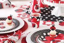 Lieveheersbeest stippen kinderfeest - Ladybug dots kids party / Geef een zomers feestje, aangekleed met stippen in een  lieveheersbeestjes thema. Om vrolijk van te worden!  Give a summer kids party, decorated with dots, ladybug style. It'll make you so happy!