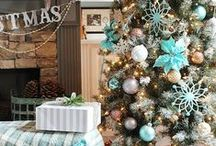Beautiful Christmas Trees / Christmas tree ideas that are gorgeous! So much inspiration for decorating your own tree this holiday season!