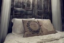 {{ the black & white room }}