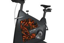 BODY BIKE SMART®+ indoor bike / The BODY BIKE SMART®+ indoor bike features the revolutionary SMART Charge: power your smartphone with your own pedal strokes! Use your phone as data display and get your performance data right in your phone on the BODY BIKE® Indoor Cycling app.