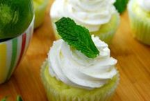 Delish Cupcakes! / Cupcakes are yummy and they are adorable looking! Find all the Cupcake recipes here!