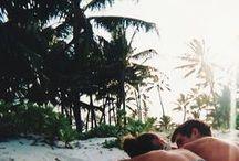 Summer Vibe / Sunshine - Beach - Fun - Friends - Ocean - Wild