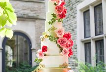 Cakes / by Emy de Johnston