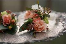 Wrist wedding corsage
