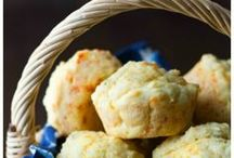 Gluten Free Muffin Recipes / How to make gluten free muffins. Savory muffins, sweet muffins. Easy gluten free muffin recipes. Breakfast muffins.