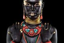 < Amazing Jewels >