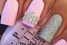 Loves - Bling Nails / A few of NailCandi's favourite bling nails!
